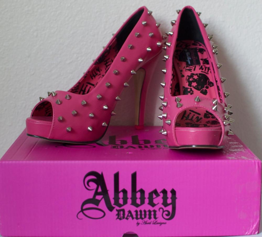 Review: Abbey Dawn's WTF Pink Platform Pumps (1/4)