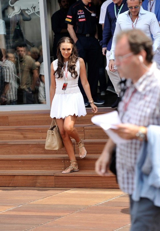 Tamara Ecclestone with her birkin in a white dress